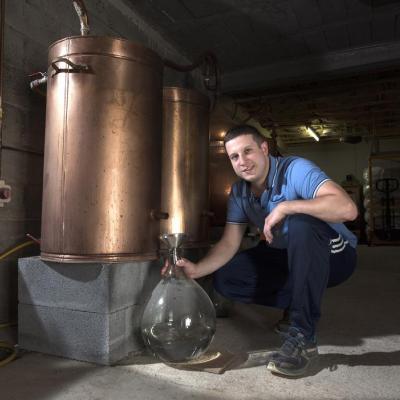 Visite de la Distillerie des Bughes
